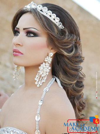 8 mches ou coloration 9 soin de cheveux 10 maquillage libanais 11 chignon libanais avec accessoires 12 pose cil par cil 13 assistance technique - Coloration Cil